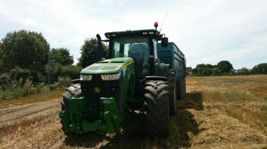 Трактор John Deere 8310R (2013)