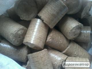 Топливные брикеты из опилок дуба
