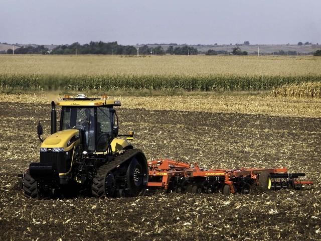 Гусеничний трактор МТ865С