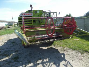 Комбайн зернозбиральний Claas CONSUL