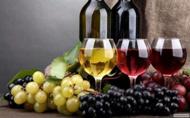 Домашние натуральное вино.
