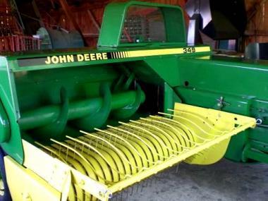 Пресс-подборщик тюковой John Deere 349 (1990)