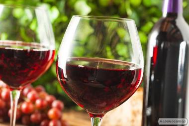 Домашнє натуральне смородинове і вишневе вино