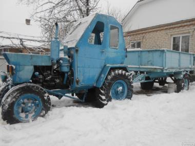 Продаю трактор Т-25 с прицепом