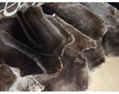 Шкуры бобра,выделанные и стриженые.