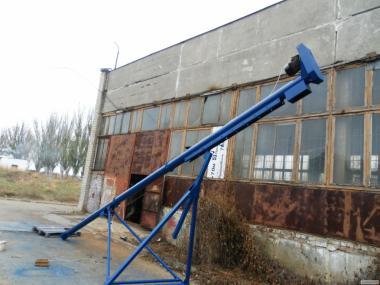 Шнековий навантажувач зерна ПШ-20