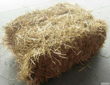 Солома пшенична в тюках