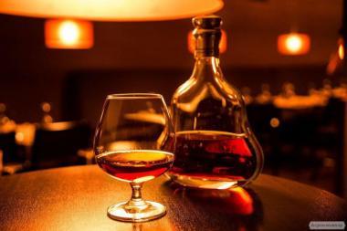 Пропоную молдавський коньяк на розлив,Горілка,Віскі,Вино,Шампанське