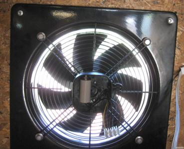 Вытяжной осевой вентилятор, Приточные клапана. Вентиляция миниферм