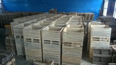 Дерев'яний контейнер для фруктів, овочів