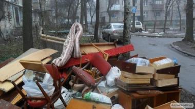 Вывоз старой мебели,хлама.Донецк