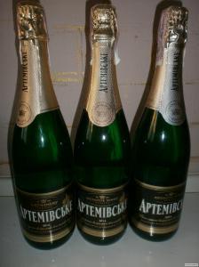 Продам шампанское Артемовское