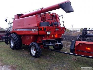 Зерноуборочный комбайн CASE 2388 E.