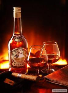 Продам за НИЗЬКИМИ ЦІНАМИ відмінної якості Коньяк, Віскі, ЧАЧУ, Вино,