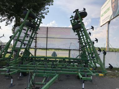 Культиваторы Б/У John Deere 960 8м, 9м, 10м, 11м, 12м, 13м.