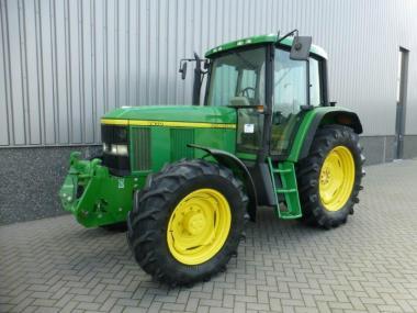 Трактор John Deere 6610 (2001)
