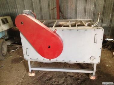 Машина для очищення картоплі і коренеплодів КНА-600