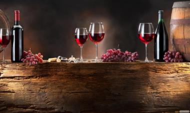 Домашнее грузинское вино Сапераи и чача