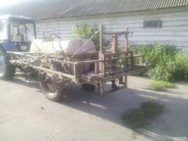Продам оприскувач ОП2000
