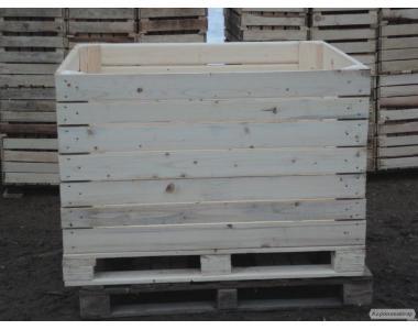 Дерев'яні контейнери для яблук