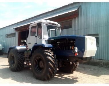 Трактор хта-200В