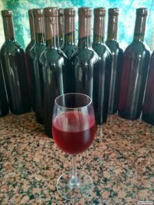 Крафтовое вишневе вино