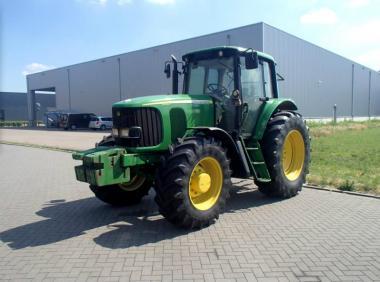 Трактор John Deere 6920S (2003)