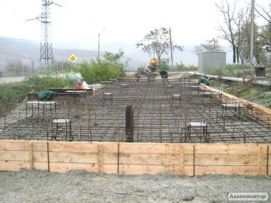Капітальне будівництво фундаментів важких ваг