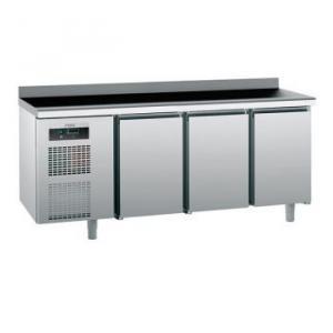 Стіл холодильний Sagi KUВA (БН)