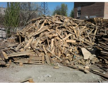 Продам лом дерев'яних піддонів