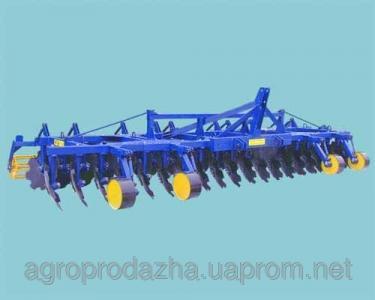 Агрегат ґрунтообробний дисковий АГД - 7.2
