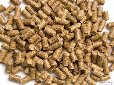 Пелети деревні сосна 8 мм (зольність до 1 %)