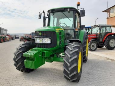 Трактор John Deere 6330 (2011)