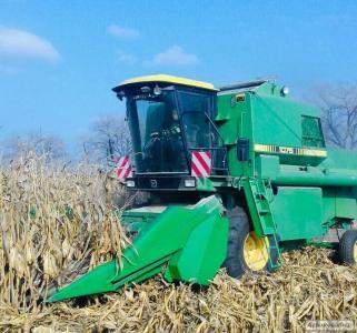 Продам комбайн John Deere-1075 c двумя жатками (кукурузная,зерновая)
