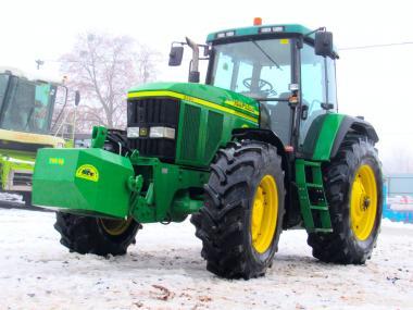 Трактор John Deere 7810 (2000)