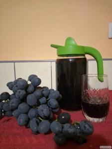 Молодое Красное Вино, Домашнее