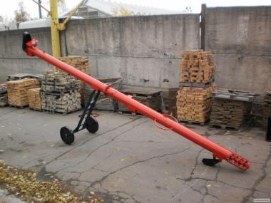 Завантажувач шнековий пересувний ЗШП 10 (6-9 метрів)