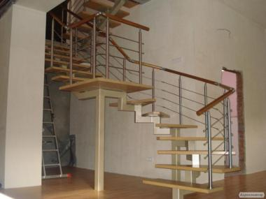 Лестницы из металла, перила, ограждения лестниц