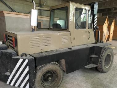 Львовский дизельный погрузчик АП-40810