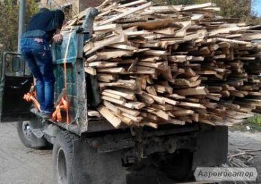 Обрез доски ясеня (дрова твердые породы)