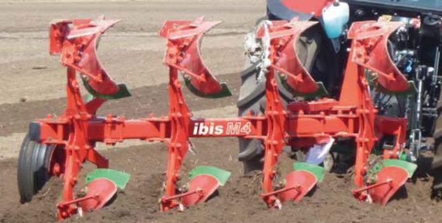 Навесные плуги IBIS М 2+1.