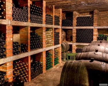 Продам Закарпатское домашнее красное и белое Вино натуральное