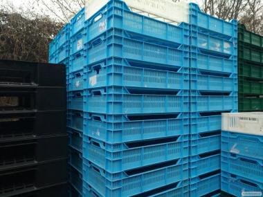 Ящики пластиковые (куринные 1,8 и 1,3кг)