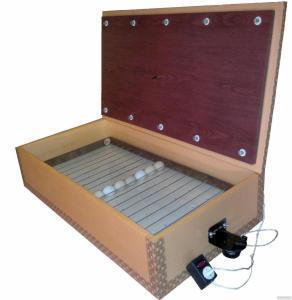 Инкубатор автоматический цифровой бытовой