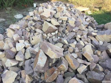 Бутовый камень (гранит)