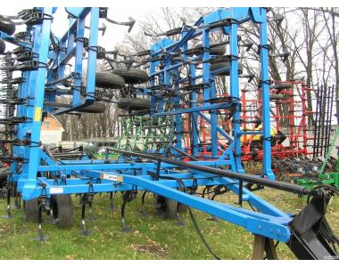 культиватор Case (DMI) Tiger mate 13m   сплошной обработки почвы