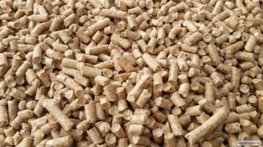 Продаем древесные пеллеты и брикеты со своего производства от 1т до 60