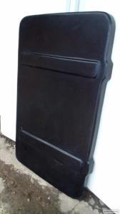 Кришка скриньки тукового John Deere, Kinze