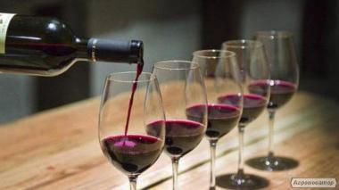 Домашнє вино з винограду сорту Ізабелла