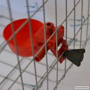 Микрочашечная поїлка для птахів курей, перепелів, бройлерів + штуцер .